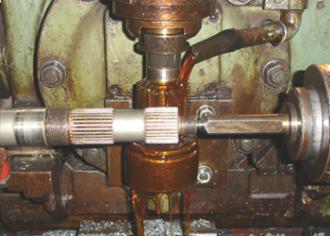 Spline cutting of shafts